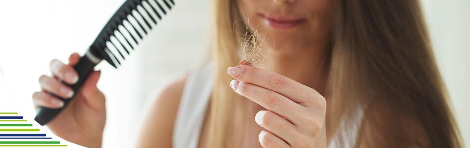 6 tipov, ako zastaviť vypadávanie vlasov
